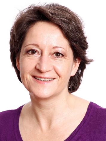 DANIELA HOLUB, geb. Stettner (48)