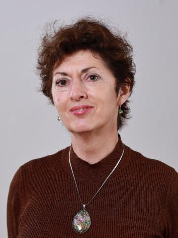 CAROLA UTOMO (61)