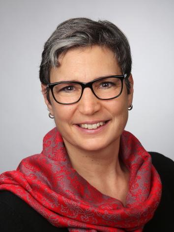 DR. SUSANNE GERSTER (50)