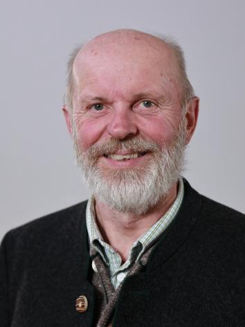 JOSEF HUBER (65)