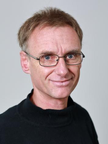 DR. MICHAEL GERSTER (51)